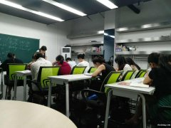 怎么样选择一家好的英语培训机构丨广州新塘禾奚外语